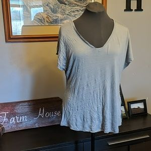 Super soft and flowy top